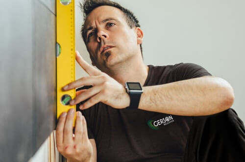 Handyman to fix up your property before moving out